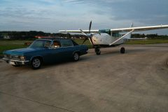 Ein besonderes Gespann: Cessna Soloy 206 D-ETUA